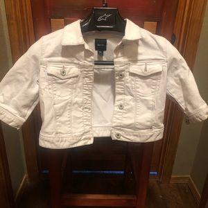 Gap kids white jean jacket size XXL